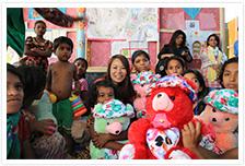 バングラデシュ・コックスバザール県の避難民キャンプに、子どもや女性たちが安心して過ごせる施設