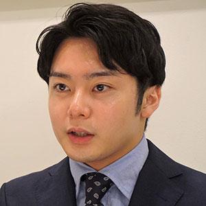 中村さんがインタビューに答えているシーン